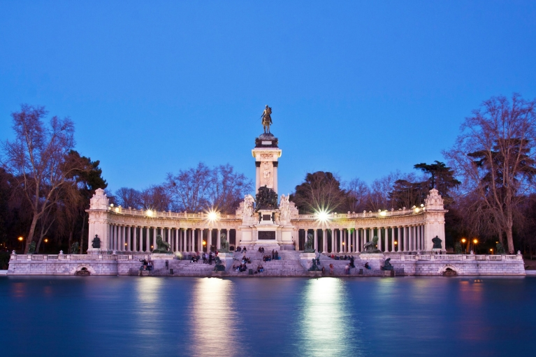 Memorial in Retiro city park, Madrid