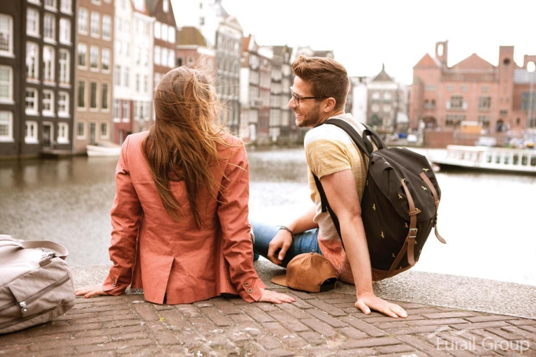young_couple_in_amsterdam