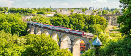 luxembourg-train-in-summer-local-trian